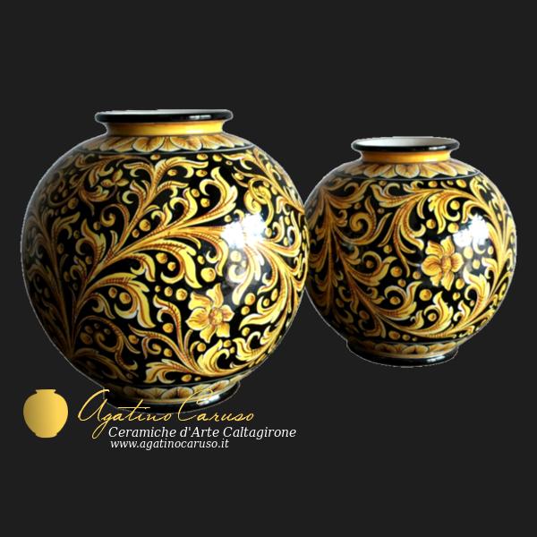 Ceramiche di Caltagirone Agatino Caruso dipinte a mano. Ceramica artistica Siciliana