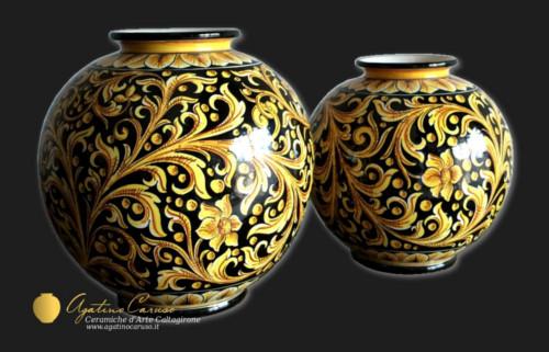 Ceramiche di Caltagirone Agatino Caruso dipinte a mano.
