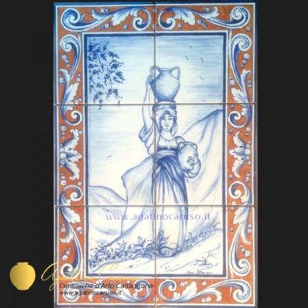 Pannello in ceramica di Caltagirone dipinta a mano. Donna Siciliana con fiasco in testa